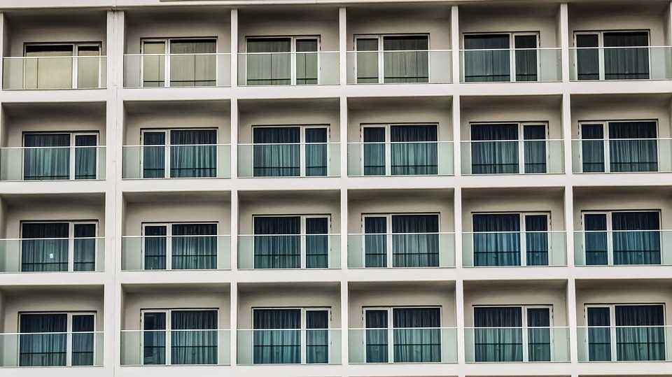 12.000 de locuințe noi se află în dezvoltare în București