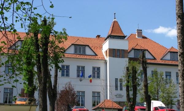 Liceul-Kos-Karoly-Sf-Gheorghe-miting