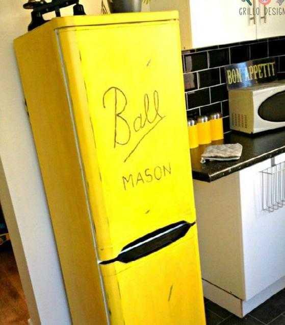 Ai un frigider urât? 4 metode ieftine să-i dai o nouă înfăţişare