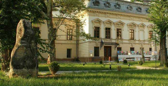 Muzeul-lunii-municipiului-bucuresti-casa-filipescu-cesianu