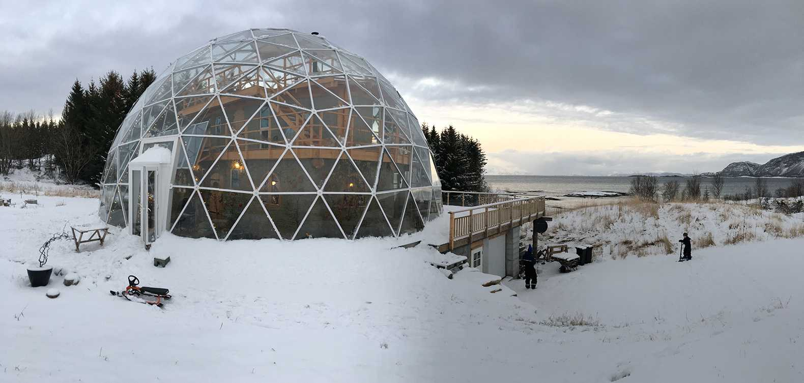 Cum arată casa unei familii care trăieşte la Cercul Polar