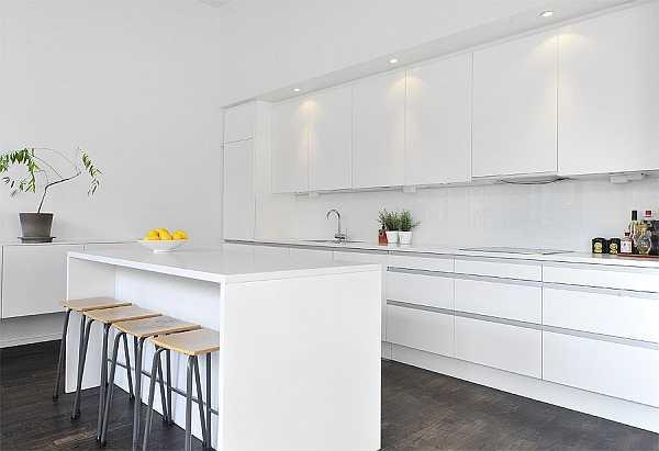 Ce trebuie să ştii dacă vrei mobilă albă în bucătărie