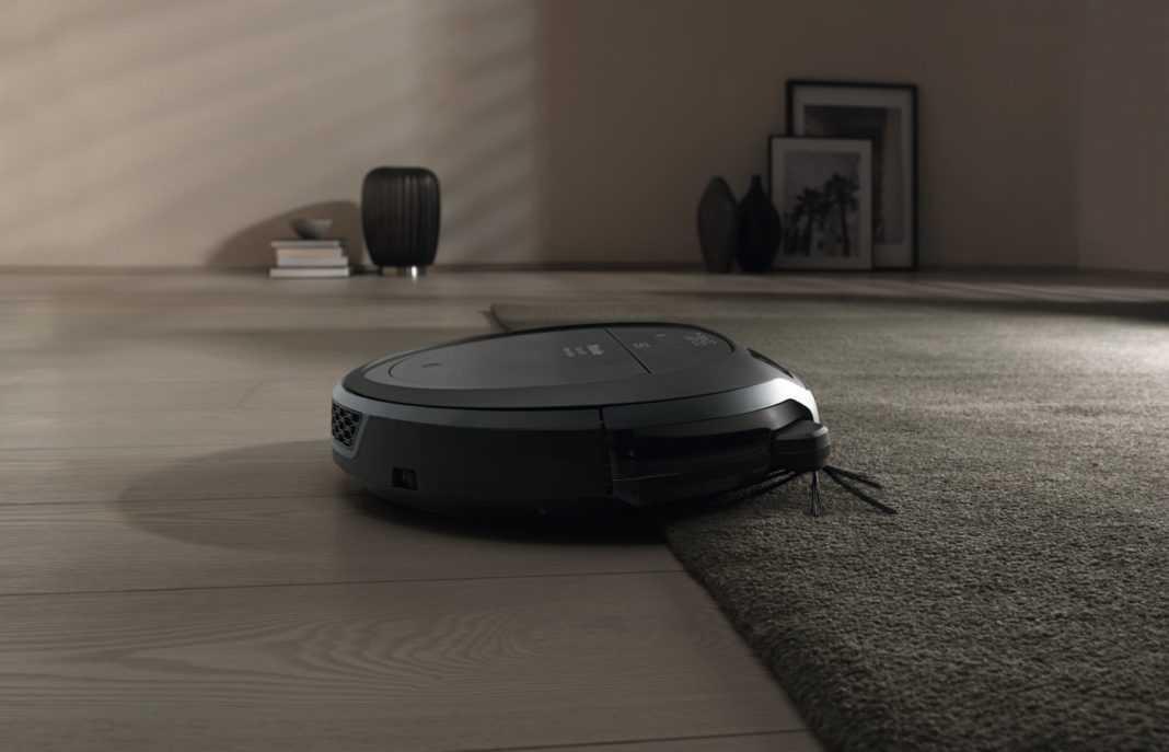 Aspiratorul care te scapă de griji: faci curățenie acasă, direct de la birou