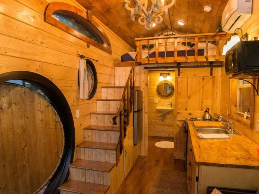 Imagini spectaculoase cu cea mai frumoasă casă hobbit pe roţi