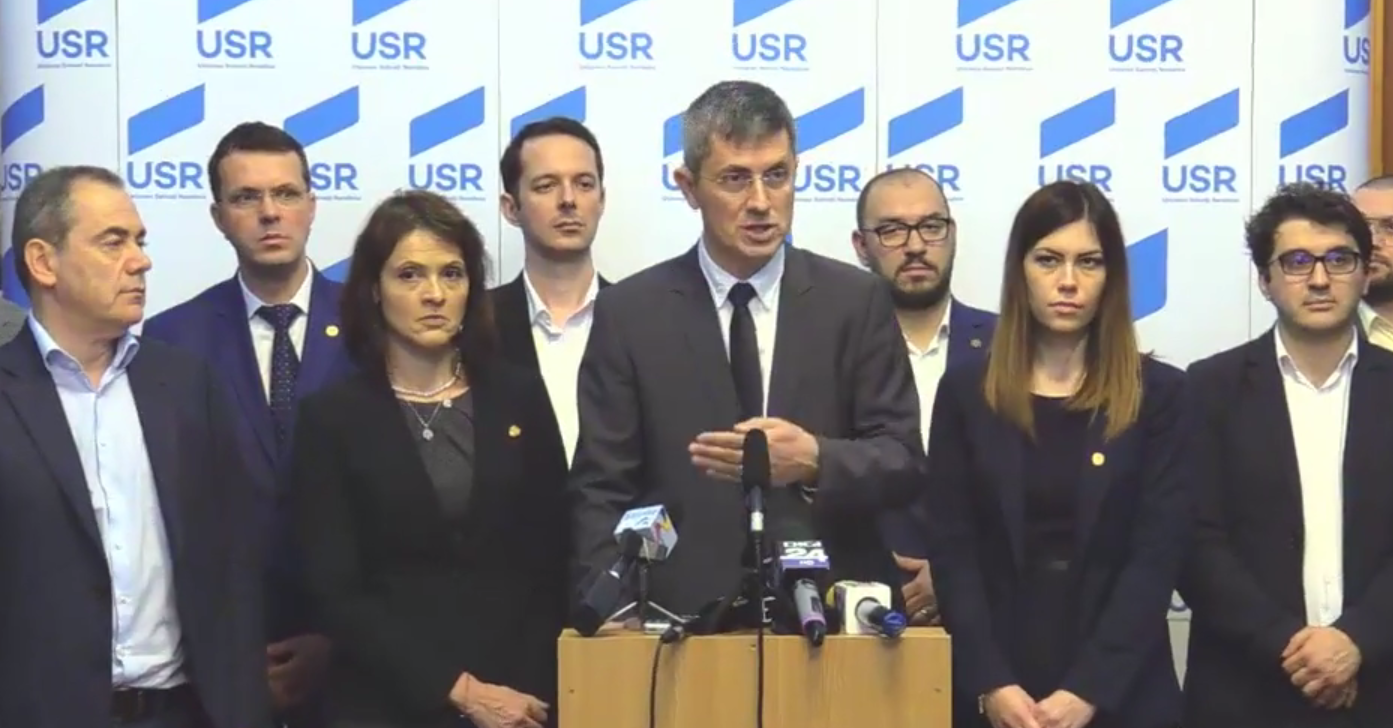 Alegerile pentru președintele USR PLUS au fost oprite. Au votat membri care nu aveau dreptul
