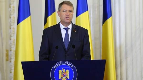 Iohannis a convocat partidele pentru mâine