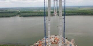 Pod peste Dunăre între Tulcea și Brăila