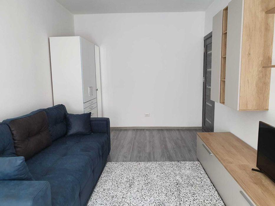Inchiriez apartament cu 2 camere, bucatarie inchisa și balcon - Militari Residence