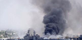 Incendiu la bordul navei de război USS Bonhomme Richard